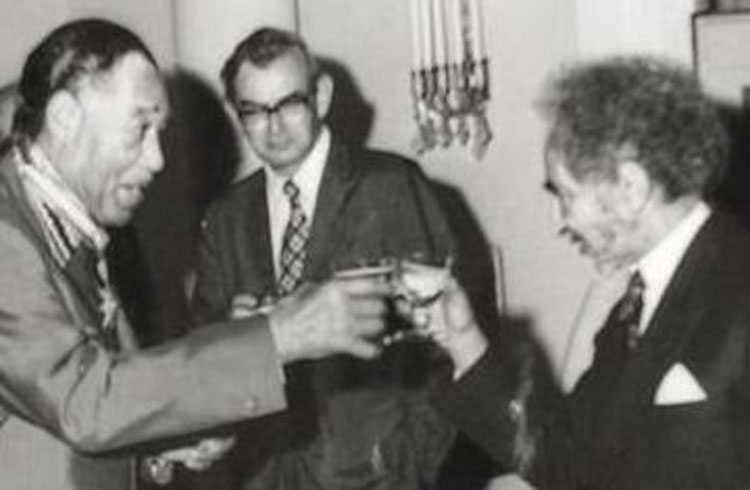 1973: Nov. 20-22, Jazz great Duke Ellington toasts with Emperor Haile Selassie
