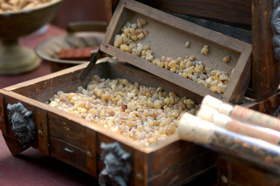 Raw Frankincense and Mirh from India at a fragerance merchents booth