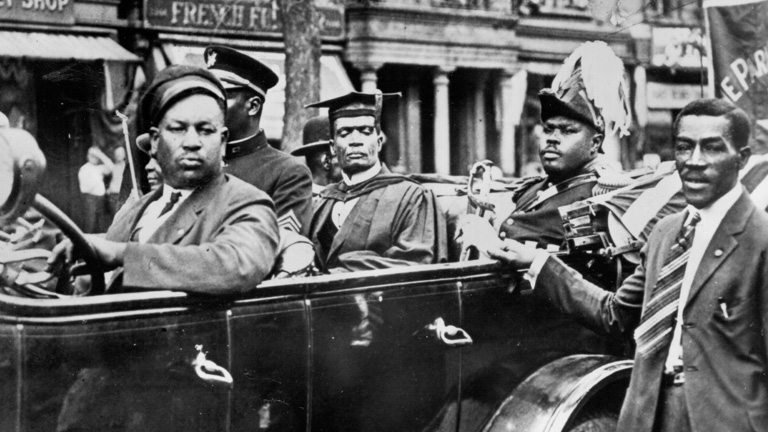 James-Van-Der-Zee-Photo-of-Marcus-Garvey