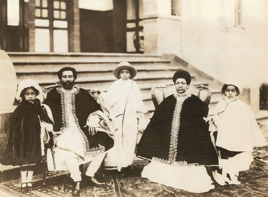 emperor-haile-selassie-i-and-the-queen-everett