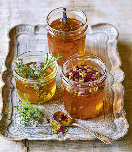 Easy Tutorial: Infused Honey with Herbs & Flowers for Health Benefits